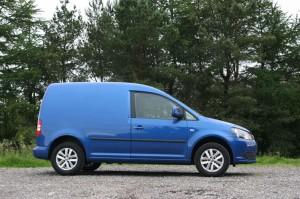 VW_Caddy_Blue_2011_002